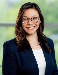 Dr. Lynn Hernández, PhD